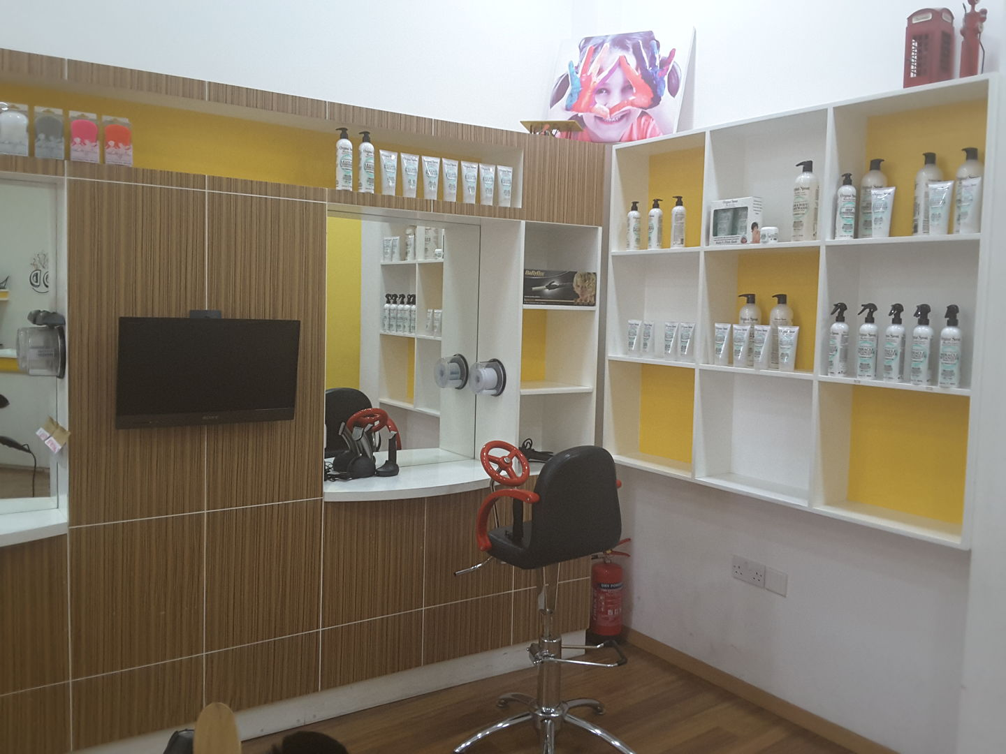 HiDubai-business-kiddy-couture-beauty-wellness-health-beauty-salons-nad-al-hammar-dubai-2