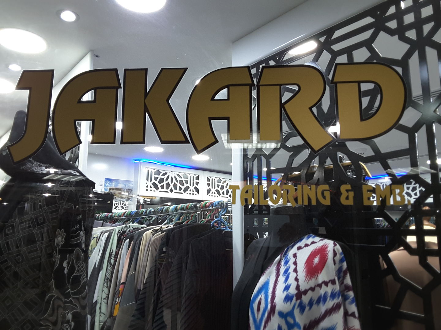 HiDubai-business-jakard-tailoring-embroidery-shopping-apparel-hor-al-anz-east-dubai-2