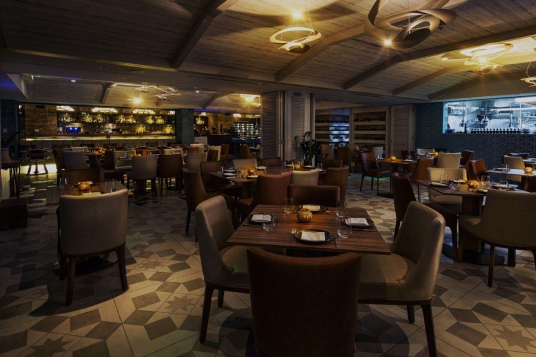 HiDubai-business-waka-restaurant-bar-food-beverage-restaurants-bars-business-bay-dubai