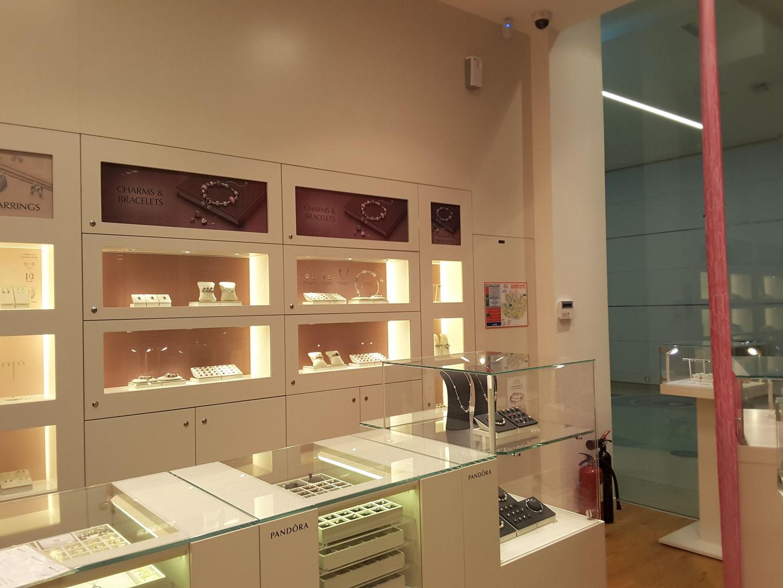 HiDubai-business-pandora-shopping-jewellery-precious-stones-al-rigga-dubai-2