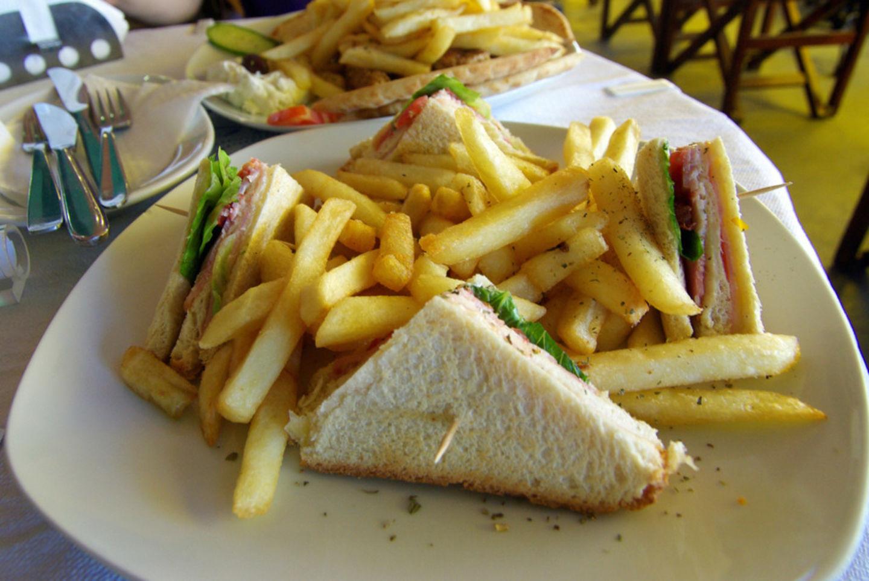 HiDubai-business-al-rawaq-cafeteria-food-beverage-cafeterias-oud-metha-dubai