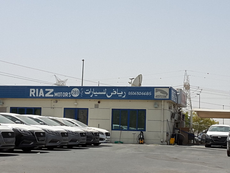 HiDubai-business-riaz-motors-transport-vehicle-services-used-car-dealers-ras-al-khor-industrial-3-dubai-2