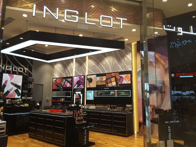 HiDubai-business-inglot-shopping-beauty-cosmetics-stores-enpark-meaisem-1-dubai-2