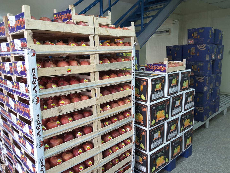 HiDubai-business-abu-wafa-vegetables-fruits-food-beverage-supermarkets-hypermarkets-grocery-stores-ras-al-khor-industrial-3-dubai-2