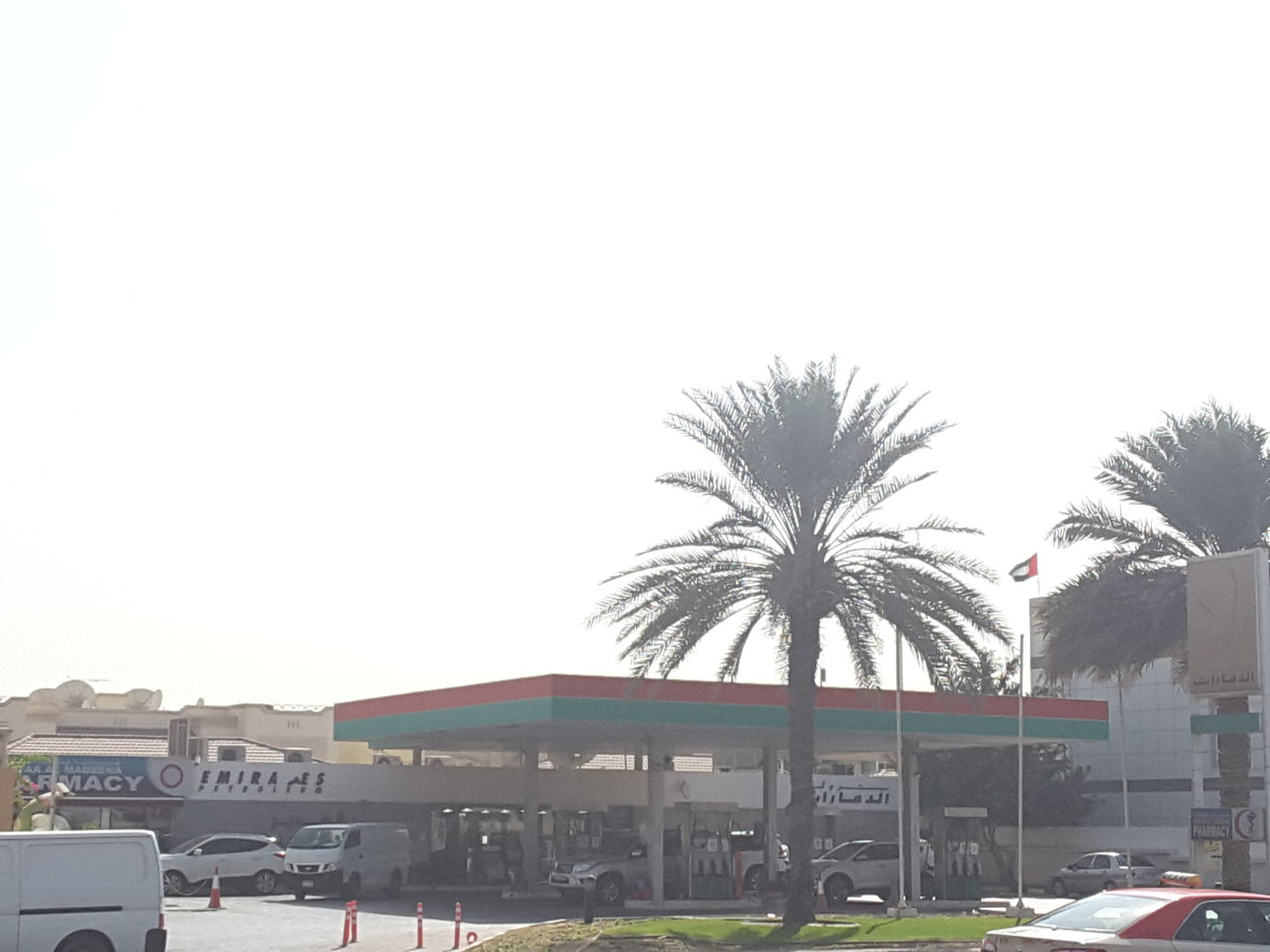 HiDubai-business-al-ghadeer-gas-station-transport-vehicle-services-fuel-stations-car-wash-al-manara-dubai-2