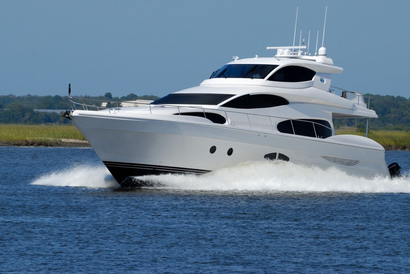 HiDubai-business-funaqua-yachts-and-boats-rental-transport-vehicle-services-boat-yacht-rentals-business-bay-dubai-2