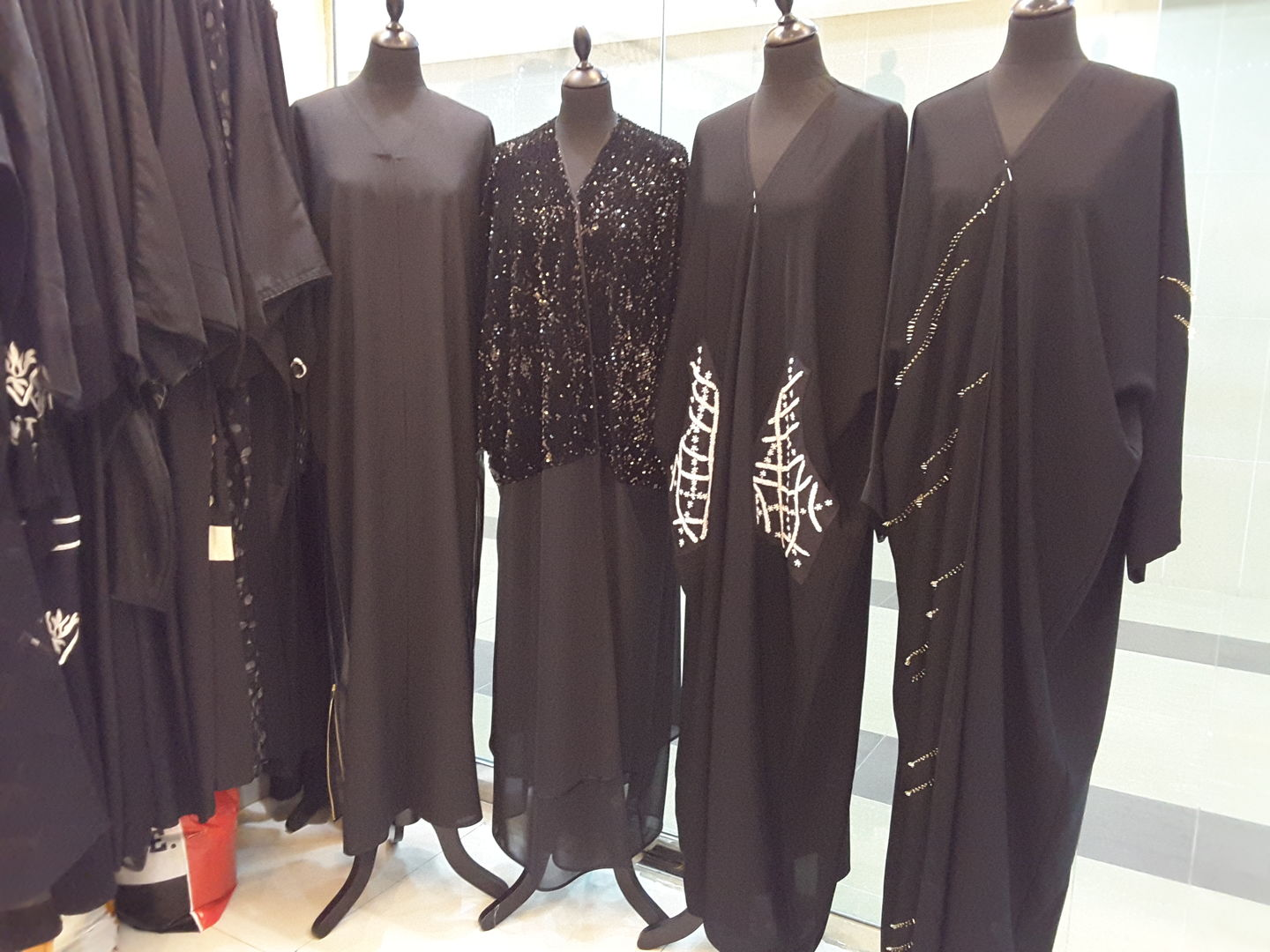 HiDubai-business-angel-house-abaya-shaila-shopping-apparel-mirdif-dubai-2