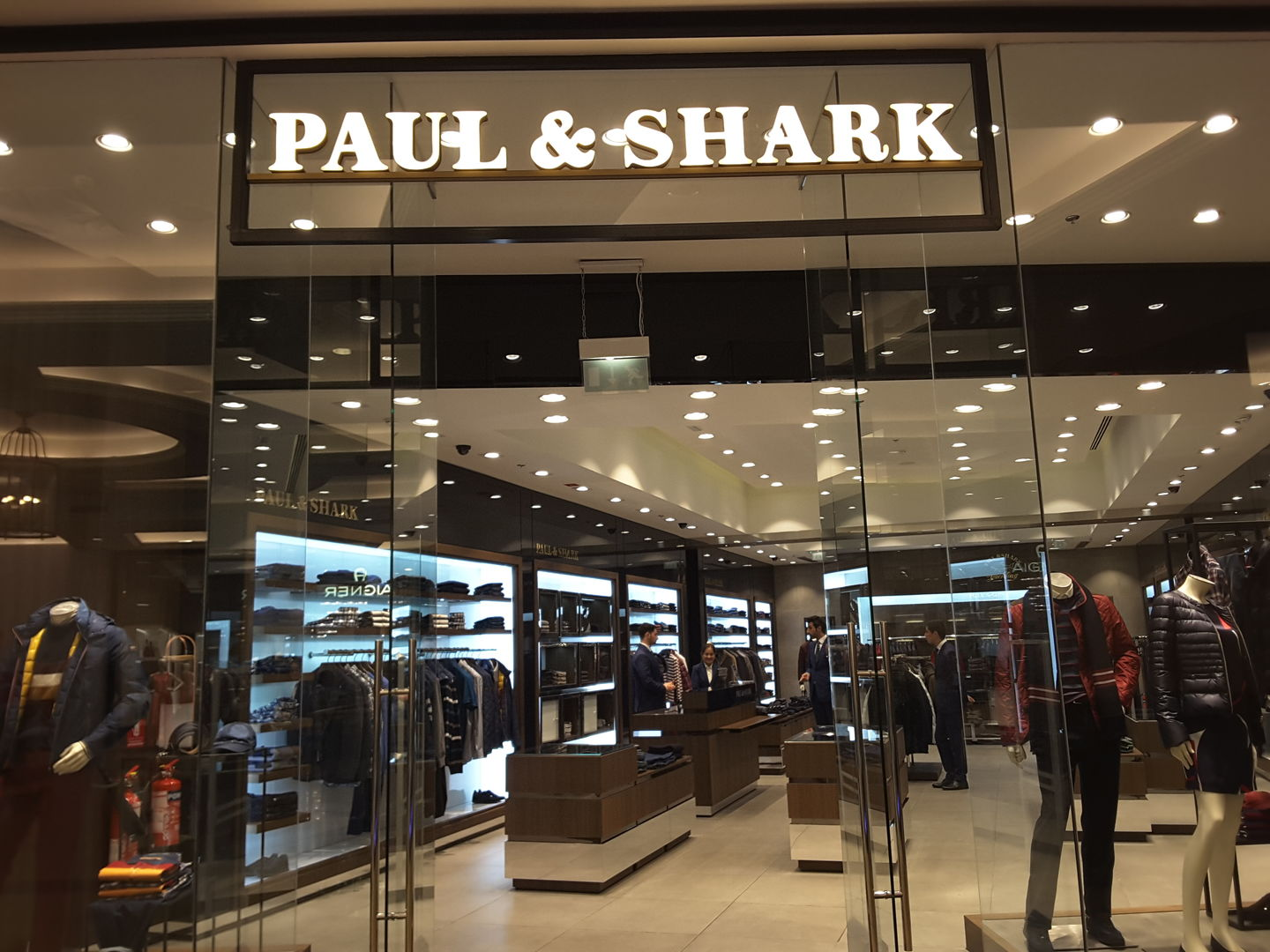 HiDubai-business-paul-shark-shopping-apparel-al-barsha-1-dubai-2