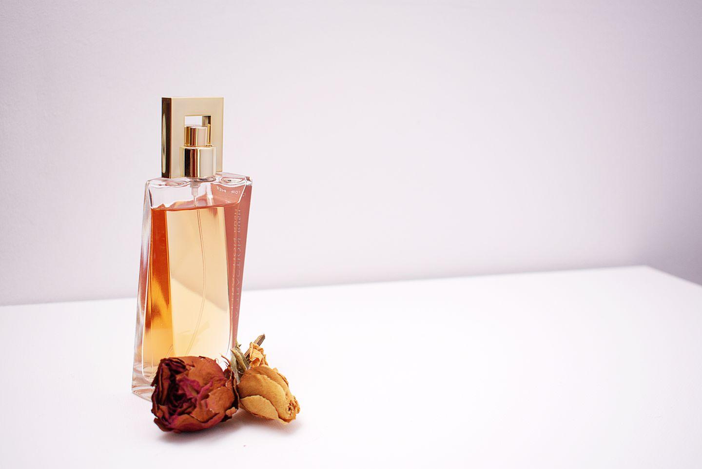 HiDubai-business-areej-al-oud-perfumes-incense-br-of-original-elite-trading-shopping-beauty-cosmetics-stores-wafi-umm-hurair-2-dubai-2