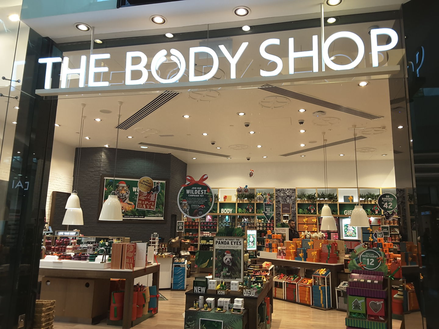 HiDubai-business-the-body-shop-shopping-beauty-cosmetics-stores-al-barsha-1-dubai-2
