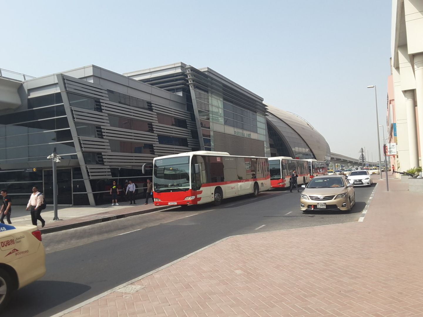 HiDubai-business-noor-bank-metro-station-transport-vehicle-services-public-transport-al-quoz-industrial-1-dubai-2