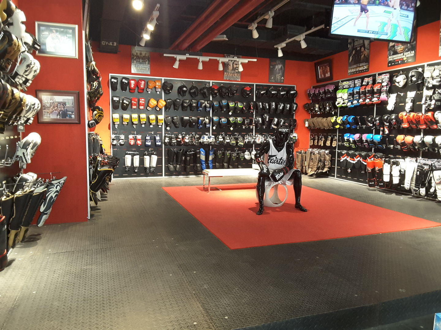 HiDubai-business-mma-fight-shop-shopping-sporting-goods-equipment-al-barsha-1-dubai-2