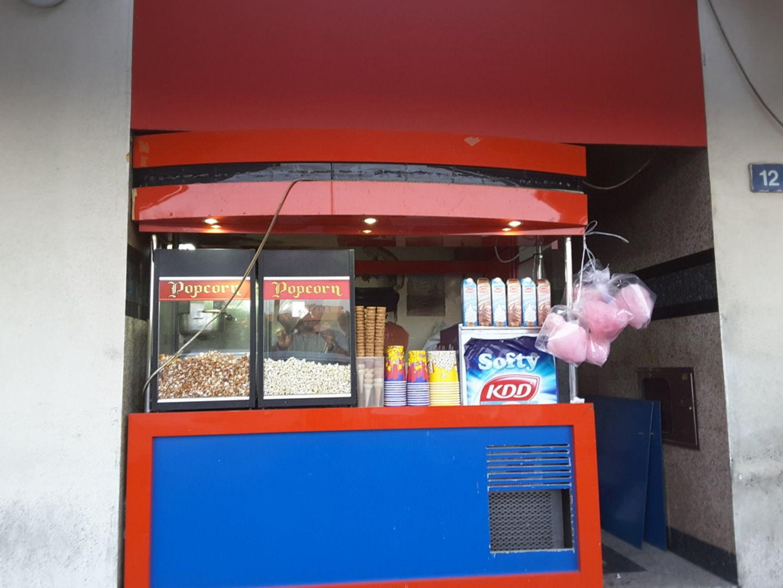 HiDubai-business-popcorn-roastry-food-beverage-bakeries-desserts-sweets-al-karama-dubai-2