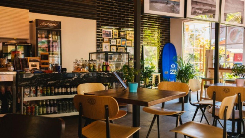 HiDubai-business-simply-oishii-cafe-food-beverage-coffee-shops-al-barsha-1-dubai