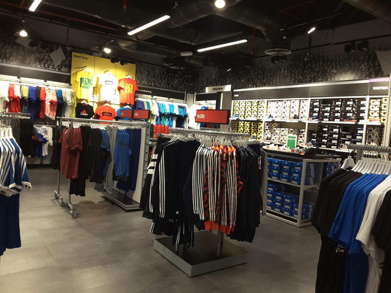 HiDubai-business-adidas-outlet-shopping-footwear-al-shindagha-dubai-2