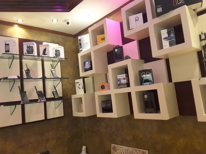 HiDubai-business-atelier-seven-general-trading-shopping-consumer-electronics-corniche-deira-dubai-2