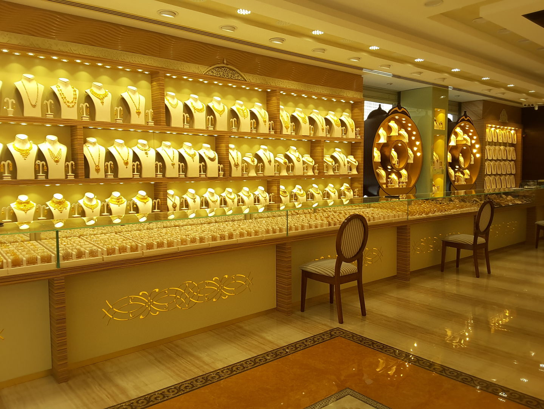 HiDubai-business-jj-sons-shopping-jewellery-precious-stones-meena-bazar-al-souq-al-kabeer-dubai-2