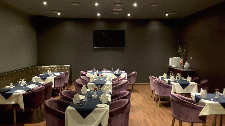 HiDubai-business-aangan-restaurant-food-beverage-restaurants-bars-mankhool-dubai-2