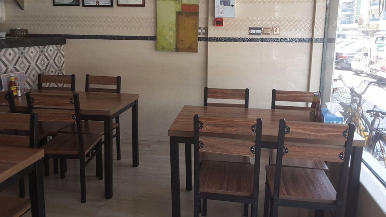 HiDubai-business-mr-shawarma-restaurant-cafeteria-food-beverage-restaurants-bars-hor-al-anz-east-dubai-2