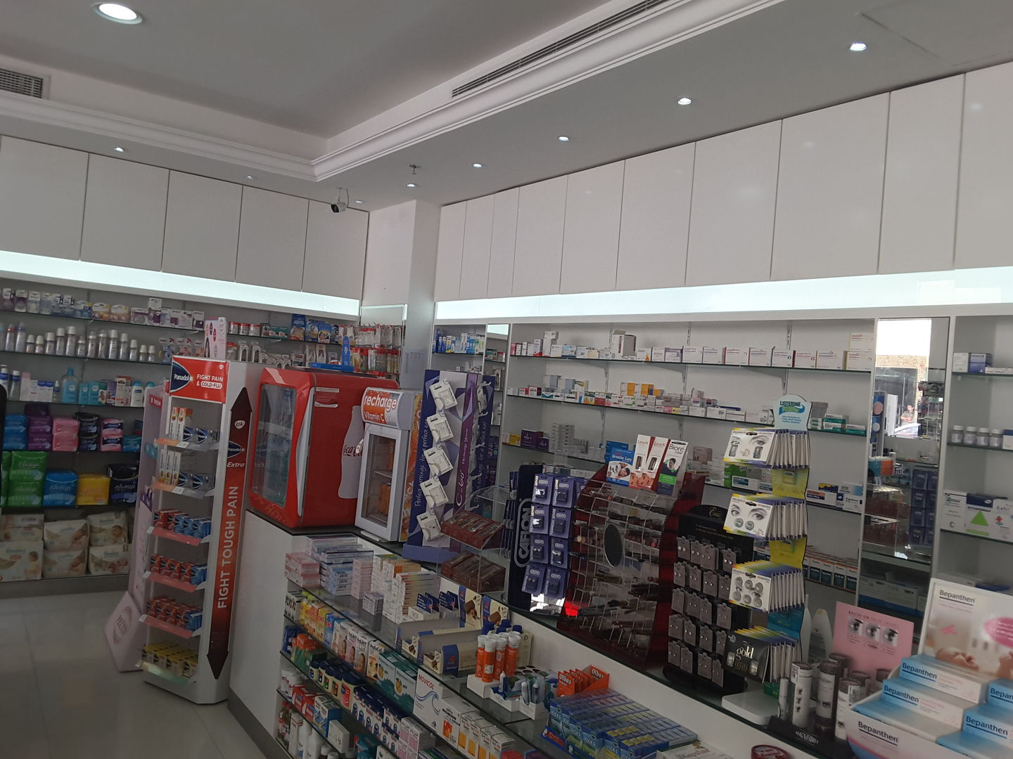HiDubai-business-emirates-oasis-health-care-pharmacy-beauty-wellness-health-pharmacy-al-barsha-1-dubai-2