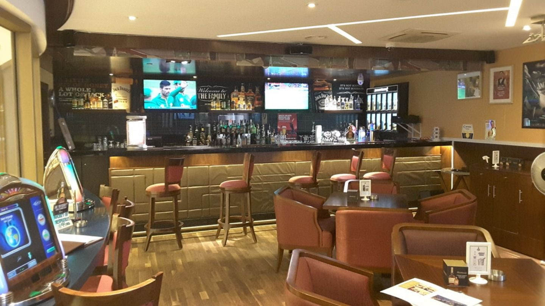 HiDubai-business-elevens-sports-bar-food-beverage-restaurants-bars-mankhool-dubai-2