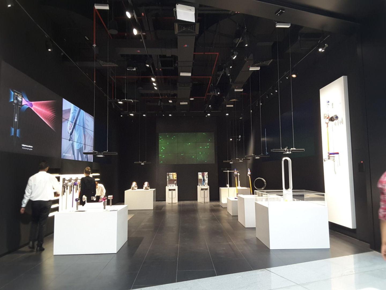 HiDubai-business-dyson-shopping-consumer-electronics-burj-khalifa-dubai-2