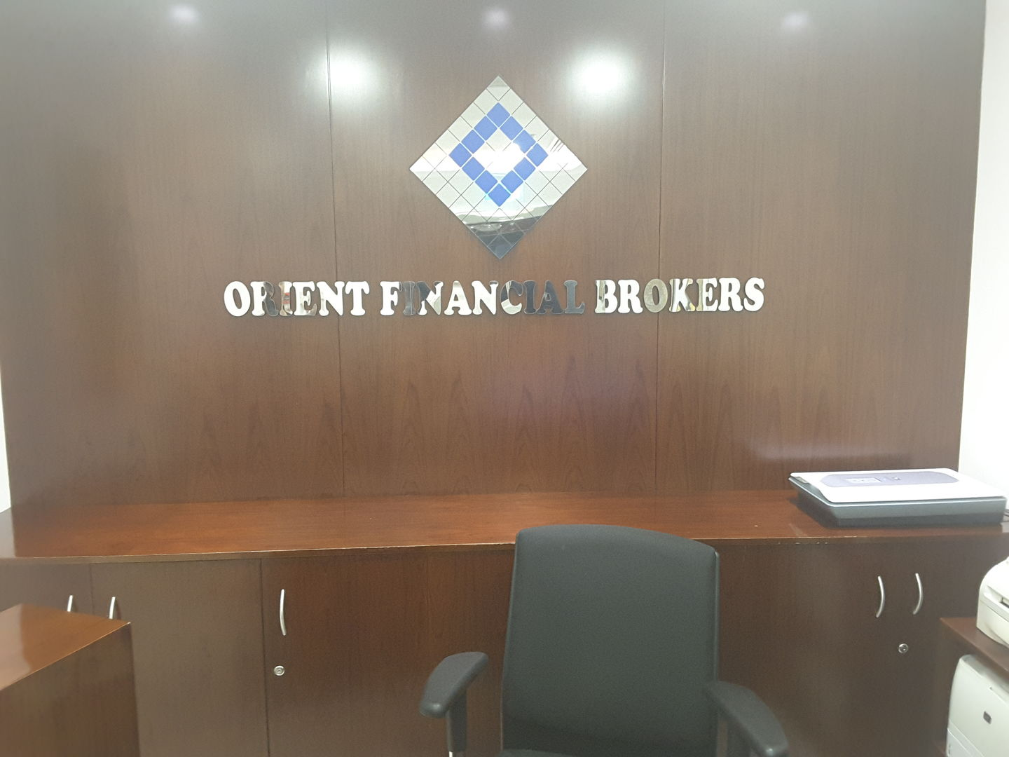 HiDubai-business-orient-financial-brokers-finance-legal-financial-services-mankhool-dubai-2