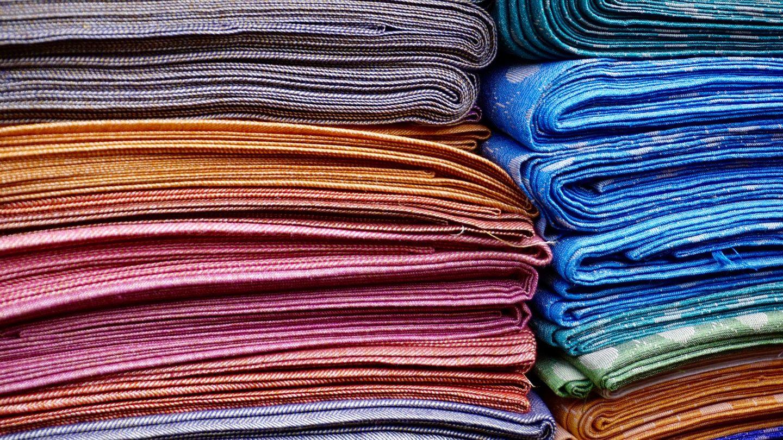 HiDubai-business-haneen-abaya-shopping-apparel-muhaisnah-4-dubai