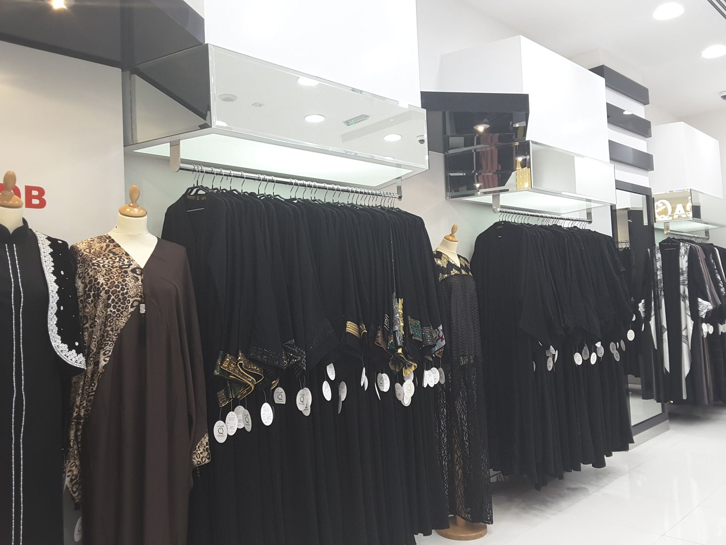 HiDubai-business-qassat-abaya-shail-shopping-apparel-al-rigga-dubai-2