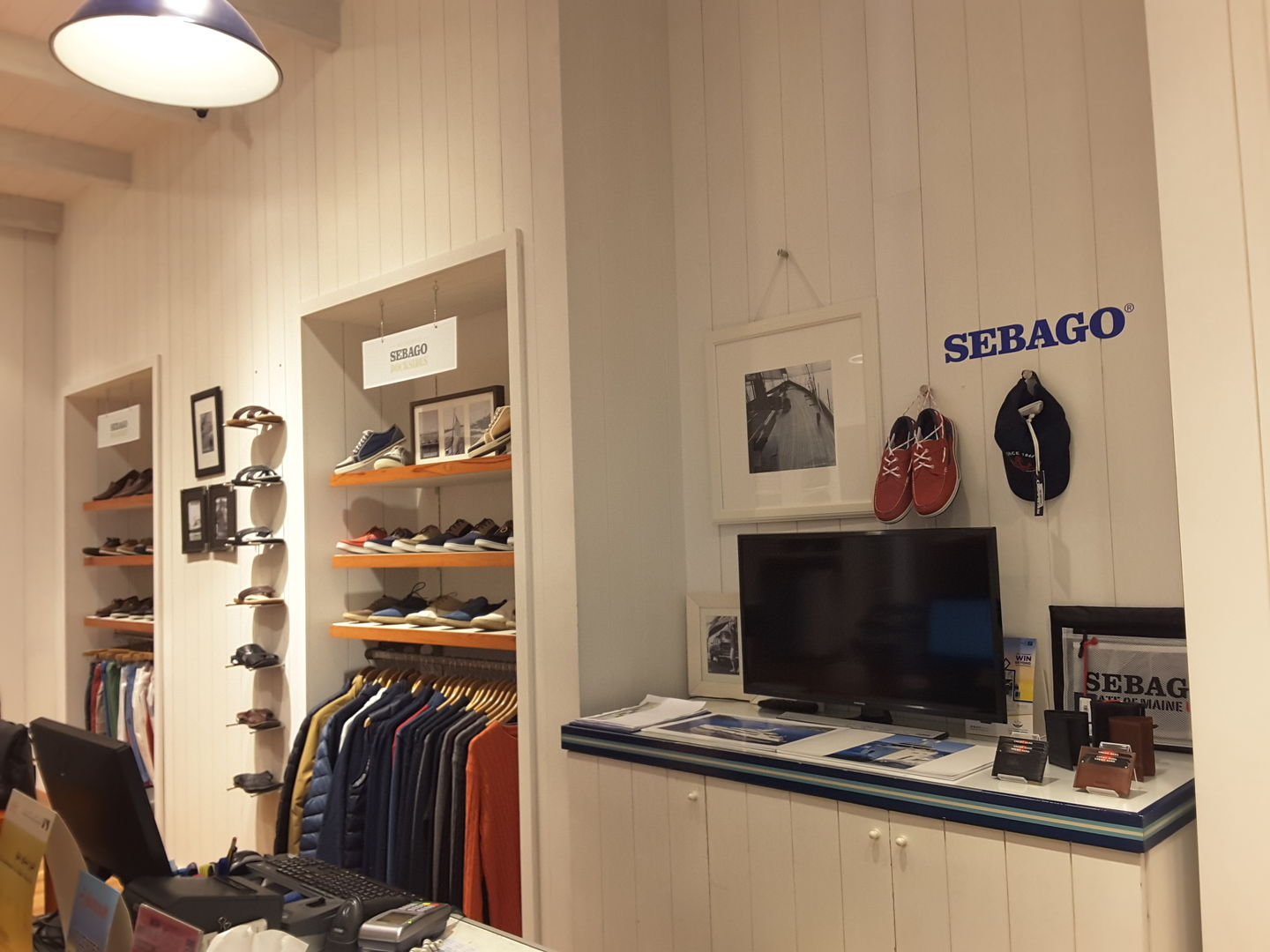 HiDubai-business-sebago-shopping-apparel-al-rigga-dubai-2