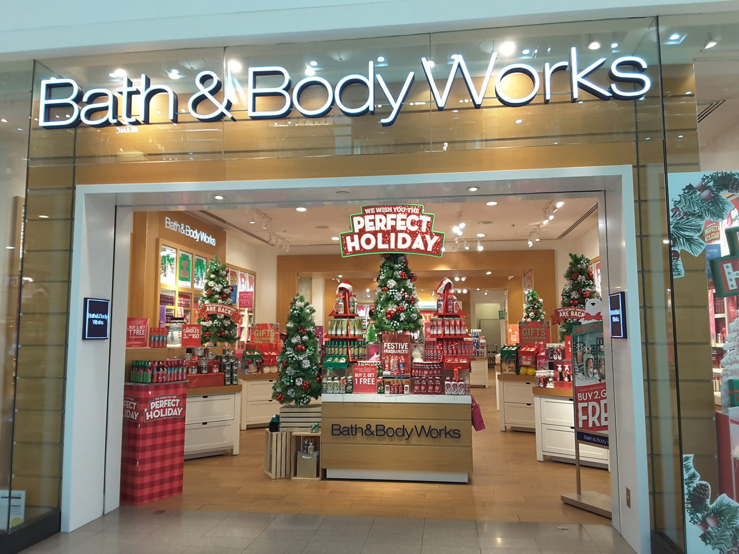 HiDubai-business-bath-body-works-shopping-beauty-cosmetics-stores-port-saeed-dubai