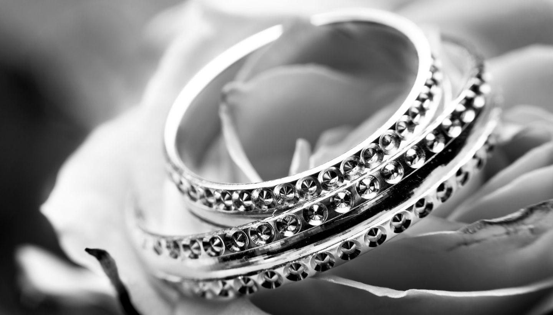 HiDubai-business-dhanji-motiram-jewellers-shopping-jewellery-precious-stones-al-ras-dubai-2