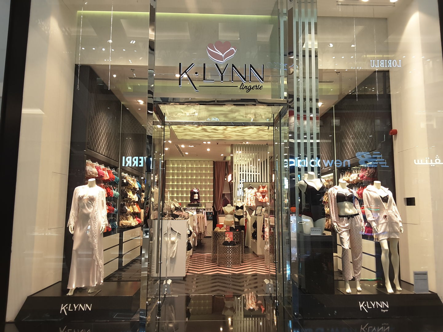 HiDubai-business-k-lynn-shopping-apparel-al-barsha-1-dubai-2