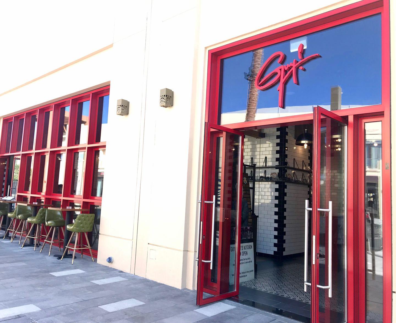 HiDubai-business-guy-fieris-kitchen-food-beverage-restaurants-bars-the-palm-jumeirah-nakhlat-jumeirah-dubai