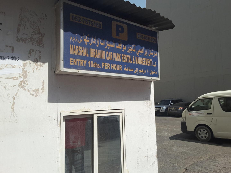 HiDubai-business-marshal-ibrahim-car-park-rental-and-management-transport-vehicle-services-car-rental-services-al-muteena-dubai-2