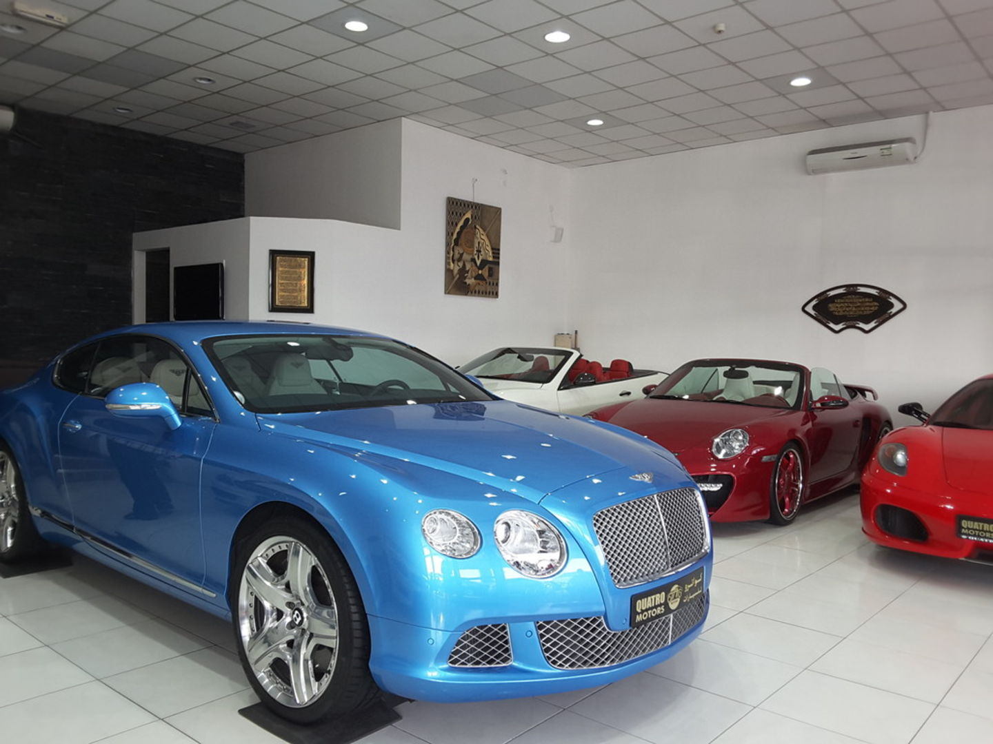 HiDubai-business-quatro-motors-transport-vehicle-services-used-car-dealers-ras-al-khor-industrial-3-dubai-2