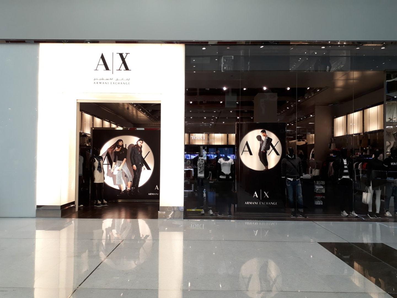 Walif-business-armani-exchange-3