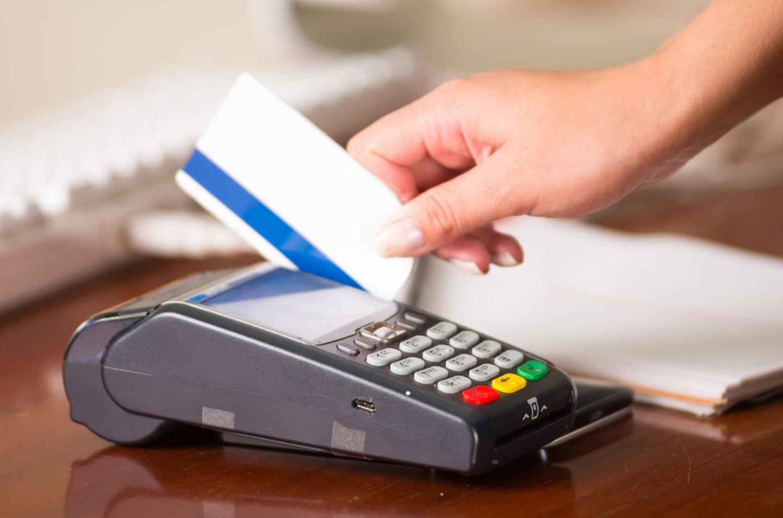 HiDubai-business-needs-n-wants-shopping-supermarkets-hypermarkets-grocery-stores-jumeirah-lake-towers-al-thanyah-5-dubai-2