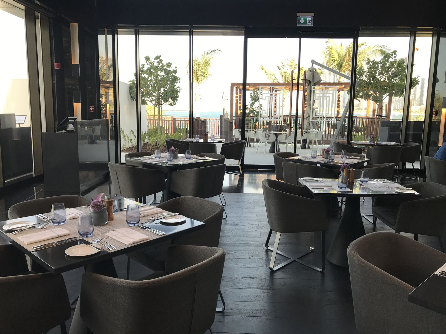 Cleo S Table Restaurants Bars In Dubai Marina Marsa Dubai Dubai