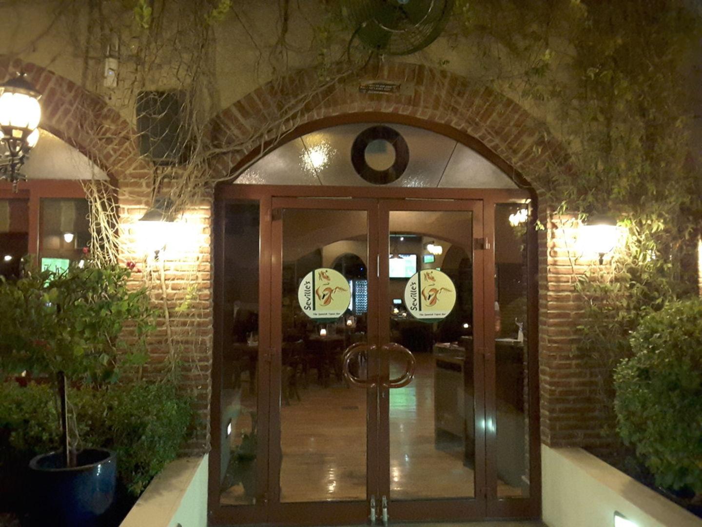 HiDubai-business-sevilles-food-beverage-restaurants-bars-dubai-healthcare-city-umm-hurair-2-dubai-2