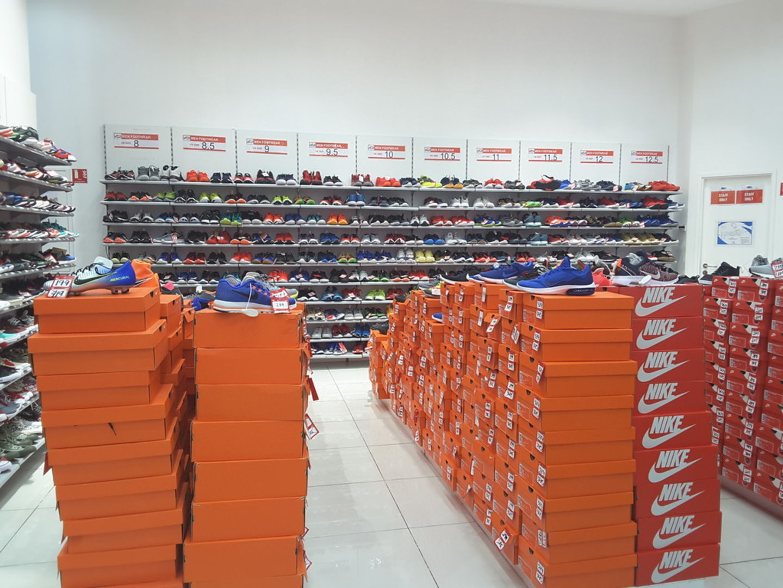 HiDubai-business-sports-market-shopping-sporting-goods-equipment-umm-nahad-1-dubai