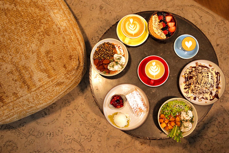 HiDubai-business-daily-dose-cafe-and-restaurant-food-beverage-coffee-shops-jumeirah-1-dubai