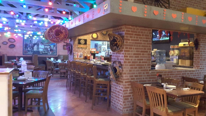 HiDubai-business-el-chico-food-beverage-restaurants-bars-jumeirah-beach-residence-marsa-dubai-dubai-2