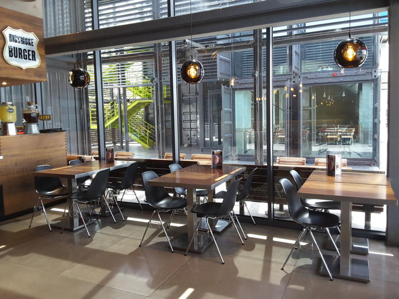 HiDubai-business-big-smoke-burger-food-beverage-restaurants-bars-al-wasl-dubai