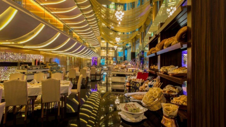 HiDubai-business-the-meydan-ramadan-tent-food-beverage-restaurants-bars-meydan-nad-al-sheba-1-dubai