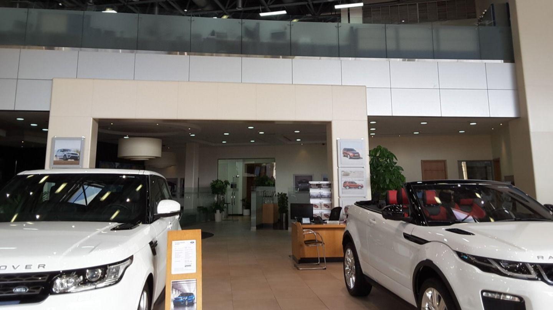 HiDubai-business-al-tayer-motors-jaguar-service-center-transport-vehicle-services-car-showrooms-service-centres-al-quoz-industrial-1-dubai-2