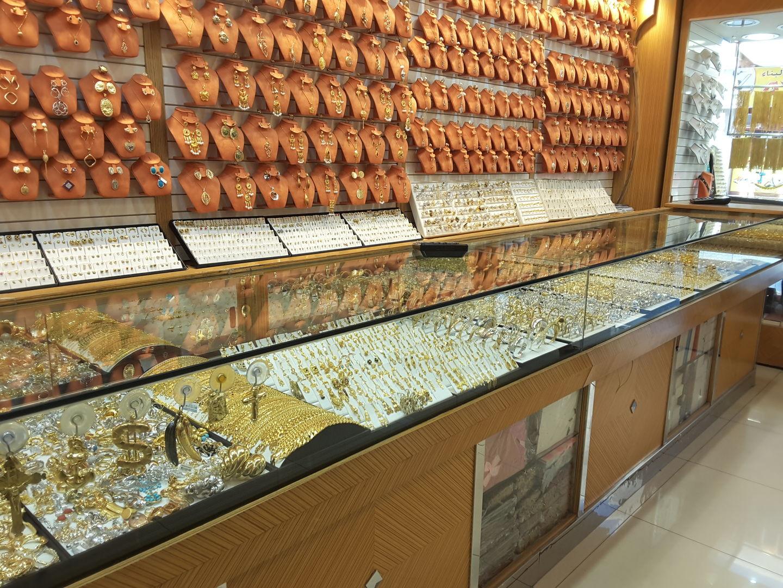 HiDubai-business-faiz-jewellery-shopping-jewellery-precious-stones-al-satwa-dubai-2
