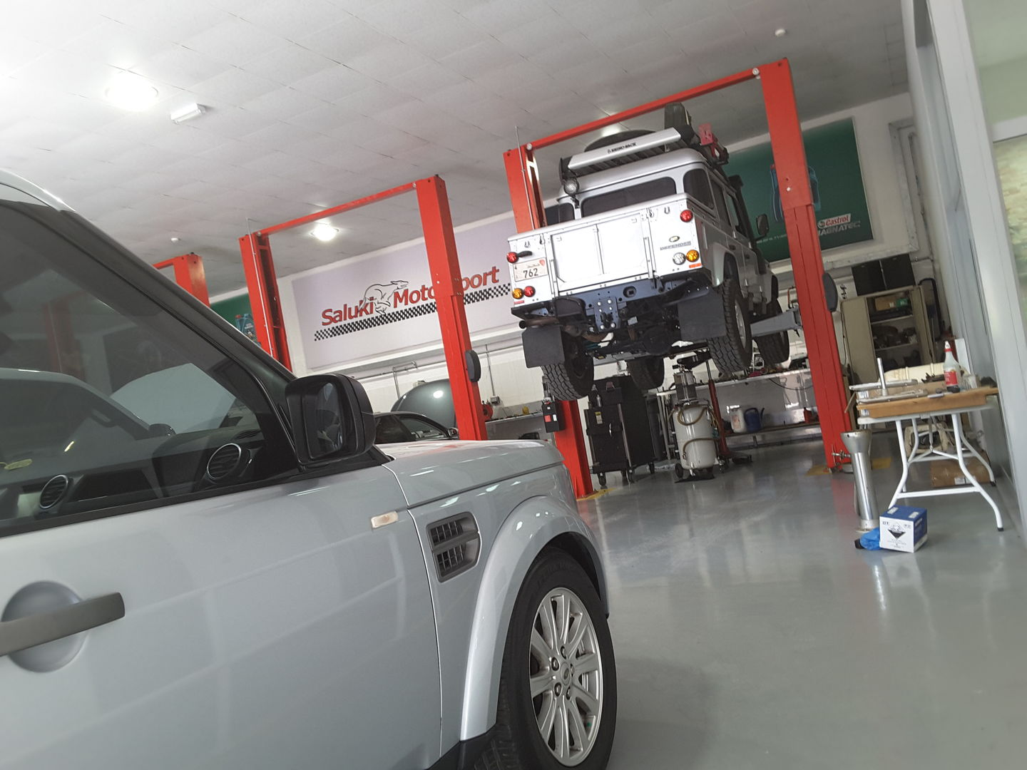 HiDubai-business-saluki-motorsport-transport-vehicle-services-car-assistance-repair-al-quoz-industrial-3-dubai-2