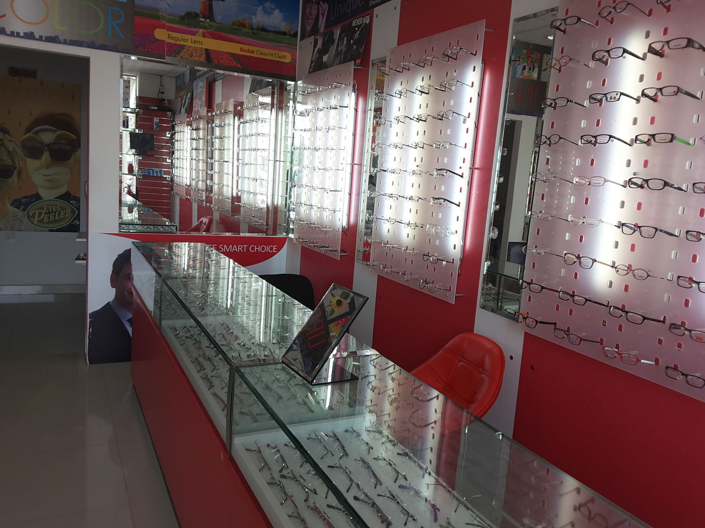HiDubai-business-eye-care-optics-international-shopping-watches-eyewear-dubai-investment-park-1-dubai-2