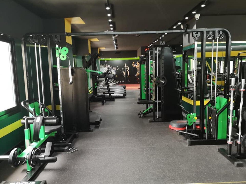 HiDubai-business-olympus-fitness-sports-fitness-gyms-fitness-centres-pools-al-muraqqabat-dubai